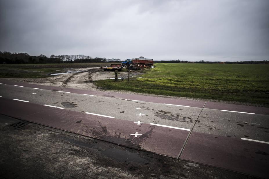 Les marques de la frontière si elles traversent la ville se poursuivent également dans la campagne et à la périphérie de Baerle.