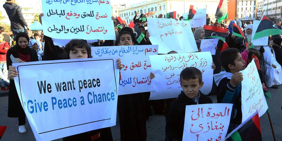 Libye: Les forces pro-Haftar reprennent le contrôle de sites pétroliers