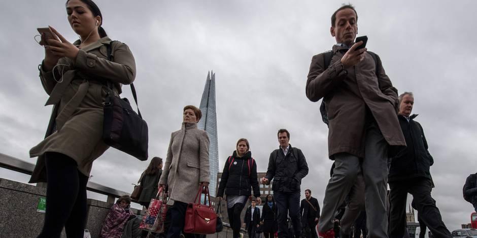 """""""J'ai peur"""": les résidents européens en plein désarroi face au Brexit"""