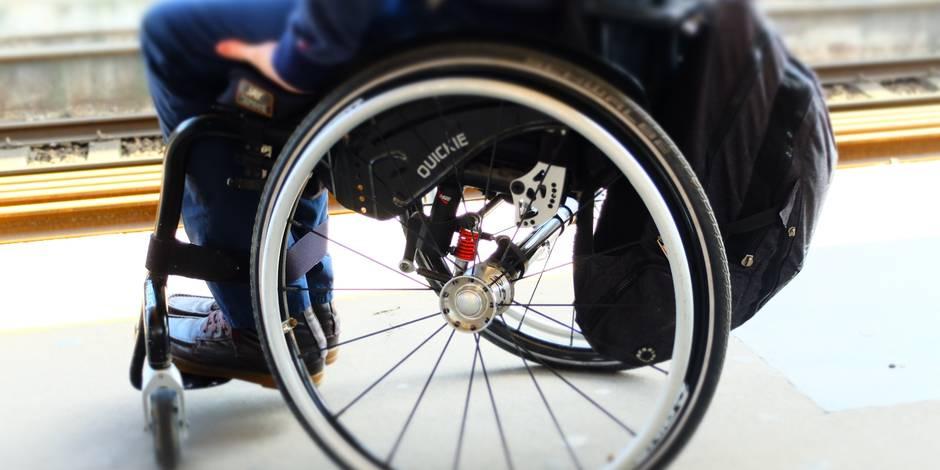 """Le """"Duoday"""", journée où les entreprises ouvrent leurs portes aux chercheurs d'emploi en situation de handicap"""