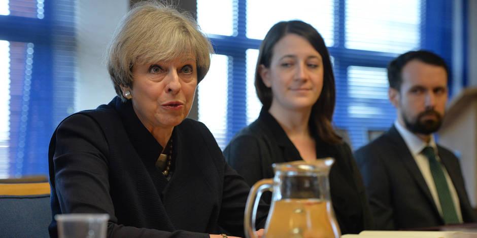 """Brexit: May affirme que """"Londres ne cèdera jamais la souveraineté sur Gibraltar"""""""