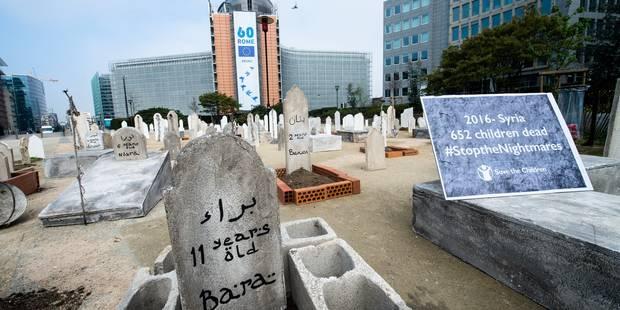 Un cimetière en plein quartier européen, la Commission en arrière-plan (PHOTOS) - La Libre