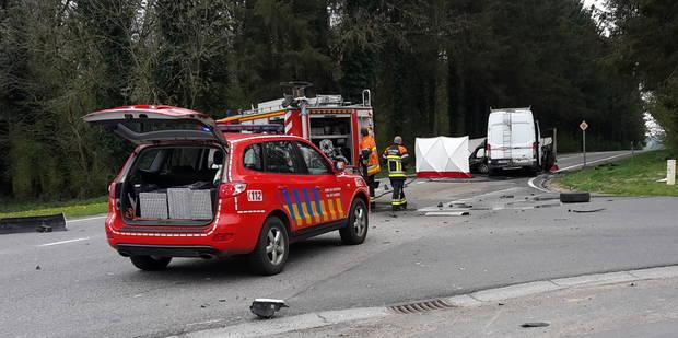 Mettet: 2 morts et 1 blessé dans un accident de la route - La Libre