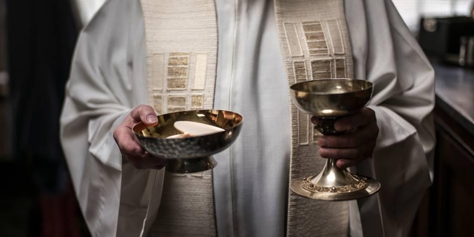 Les prêtres doivent-ils jurer de respecter la loi? - La Libre