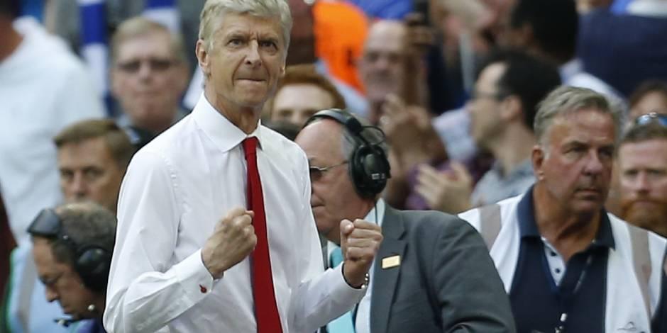 Sans surprise, Arsène Wenger prolonge de deux ans à Arsenal