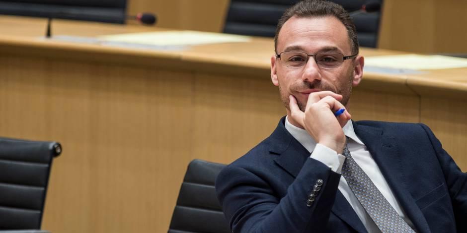 """Affaire Luperto: Le dossier sur sa levée d'immunité jugé """"incomplet"""""""