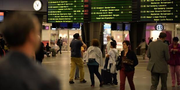 Le bagage oublié en gare vous coûtera bientôt 100€ - La Libre