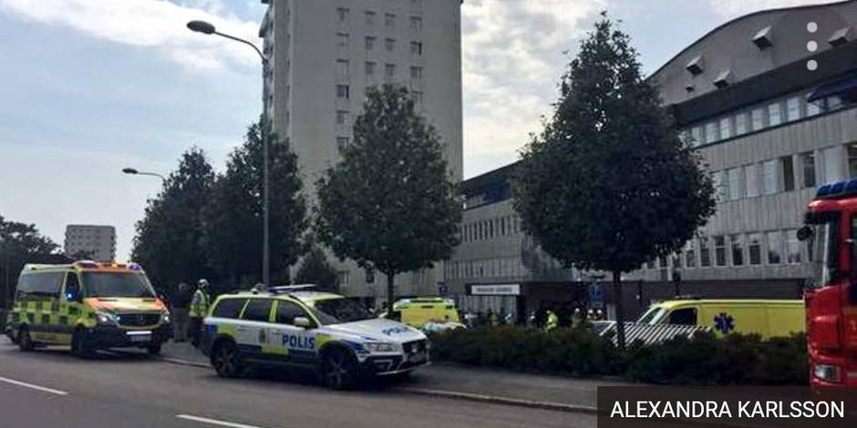 Suède: une voiture fonce sur la foule devant un hôpital à Stockholm, 3 blessés