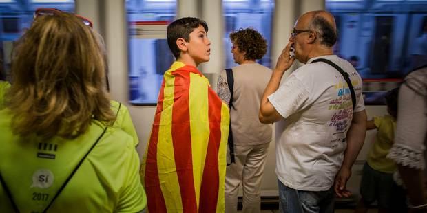 Barrages routiers et marches au programme de la journée de grève en Catalogne - La Libre