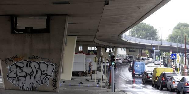 Le viaduc Herrmann-Debroux fermé: Déjà la pagaille (PHOTOS) - La Libre