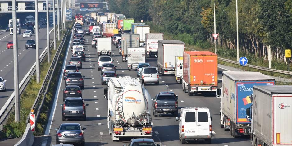 Geen commentaar: les embouteillages d'Anvers, un risque pour l'économie de la région ? - La Libre