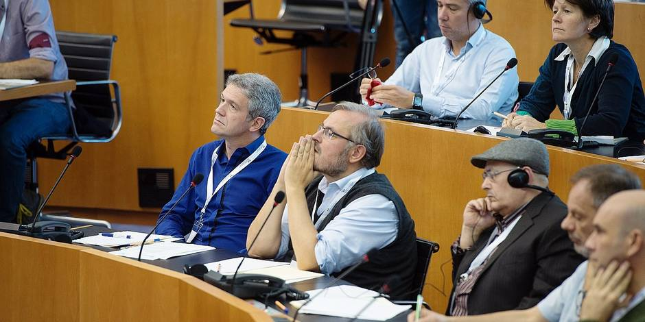 Bruxelles - Parlement bruxellois : Première aasemblée citoyenne participative. Panel citoyen