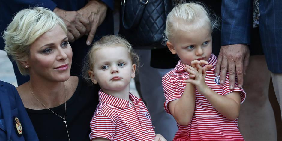 Charlene et Albert de Monaco emmènent leurs enfants à un dîner caritatif