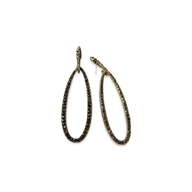 L'ex mannequin qui crée désormais des bijoux a conçu ces jolies boucles, 39,80€. Miracles by Annelies Correvits