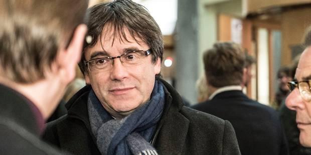 Retrait du mandat européen: Puigdemont convie la presse mercredi à 13 heures - La Libre