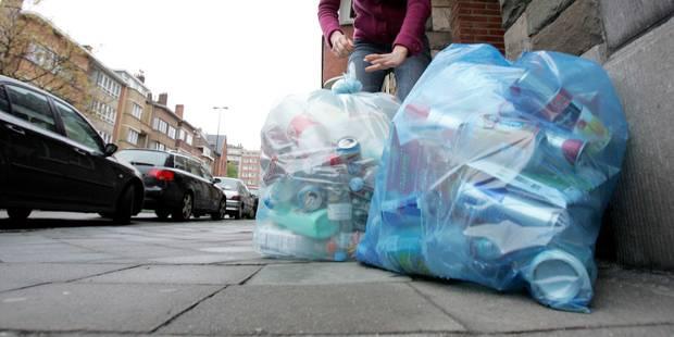 Tous les déchets plastiques seront acceptés dans les sacs-poubelle bleus à partir de 2019 - La Libre