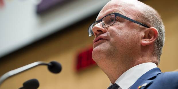 Fédération Wallonie-Bruxelles: le budget 2018 adopté en séance plénière du Parlement - La Libre