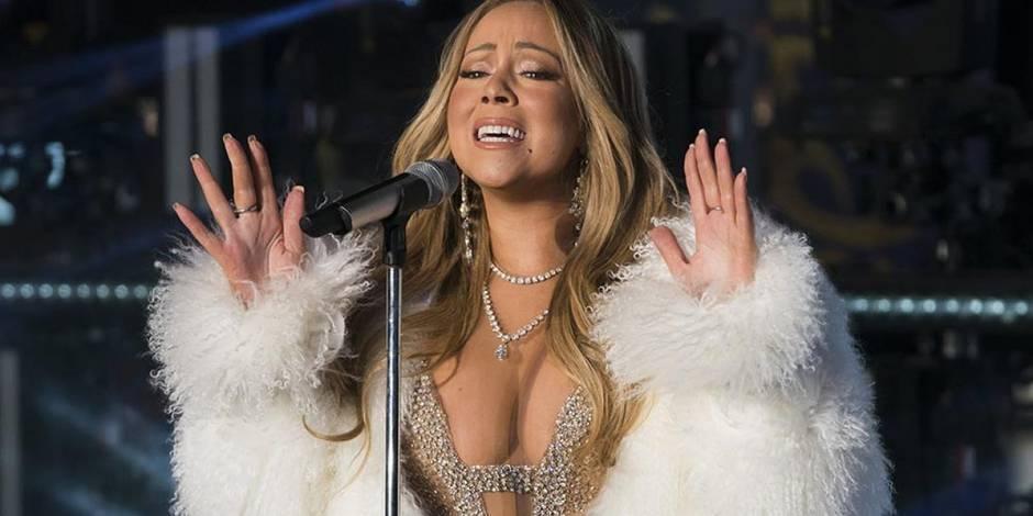 Mariah Carey n'a pas eu son thé chaud mais a réussi à faire oublier son flop de l'année passée