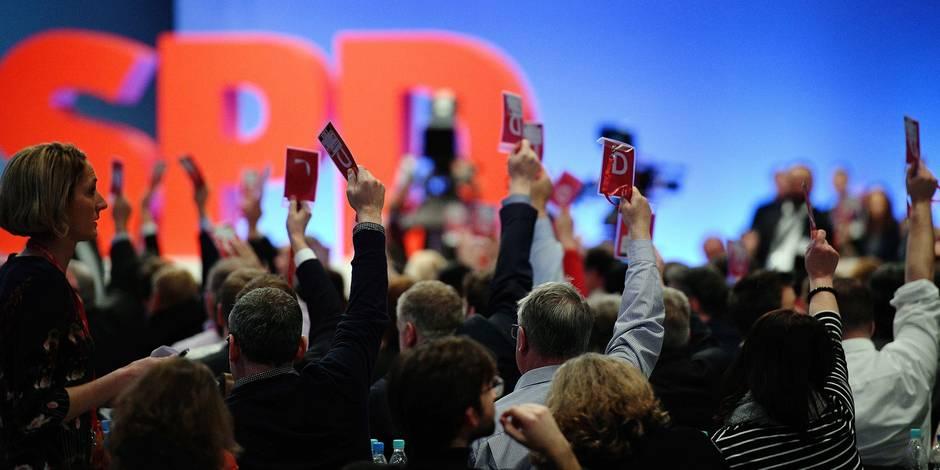 """Allemagne: Le SPD accepte un mariage """"de raison""""... ou un mariage """"forcé"""""""
