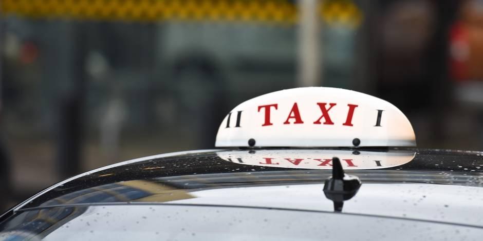 Le gouvernement bruxellois donne un premier feu vert à un nouveau plan taxis