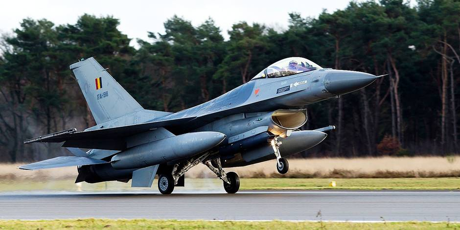 Les F-16 belges multiplient les interceptions d'avions