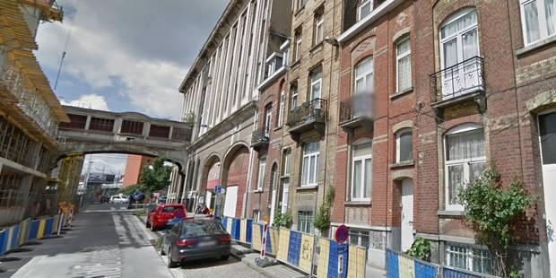 Deux personnes hospitalisées et une famille évacuée après un incendie à Molenbeek - La Libre