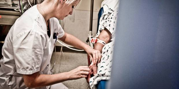 """Les hôpitaux sont surchargés de patients grippés. """"Les généralistes doivent plus encore faire le tri avant d'hospitalise..."""