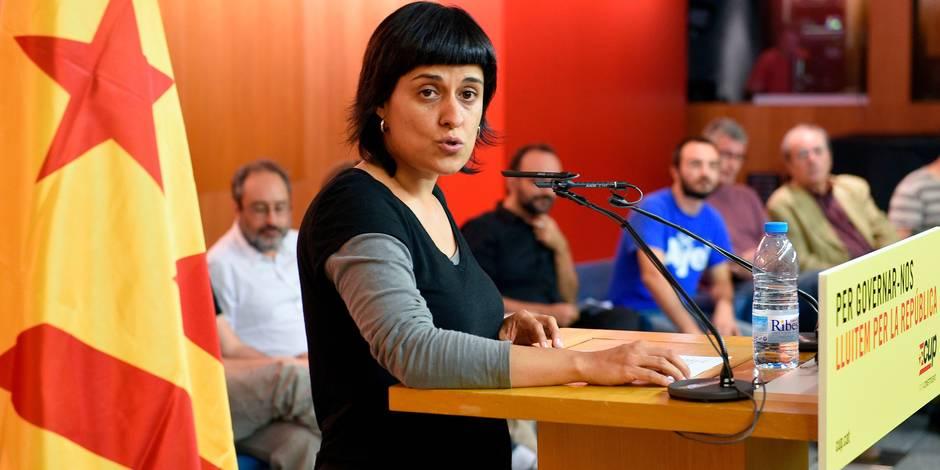 Crise en Catalogne: un mandat d'arrêt lancé en Espagne contre une indépendantiste catalane partie en Suisse