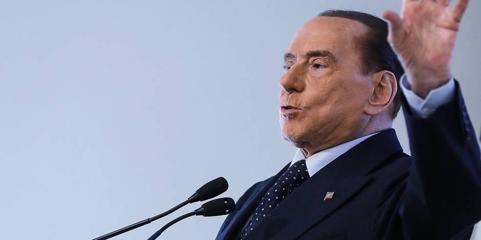 """Silvio Berlusconi, l'éternel revenant de la politique italienne : """"Berlusconi a 12 ou 13 vies"""""""