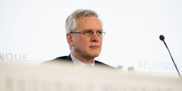 Frais bancaires incontrôlés: Febelfin ne voit pas où est le problème, Peeters invite à se concerter - La Libre