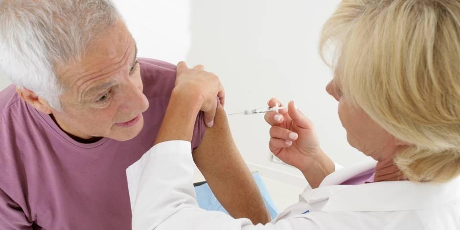 Rennes : Un ex-médecin qui vaccinait au caca jugé