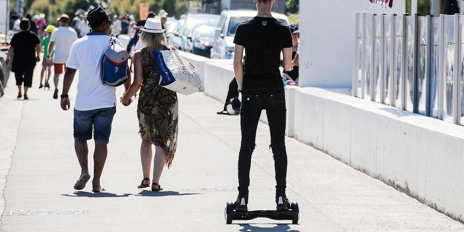 Hoverboard - Nouvelles technologies riment avec glisse urbaine.