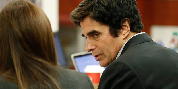 David Copperfield contraint de dévoiler le truc derrière son tour le plus connu - La Libre